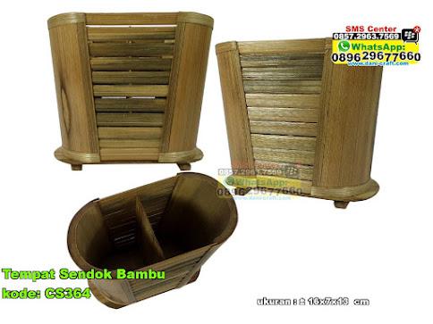 Tempat Sendok Bambu