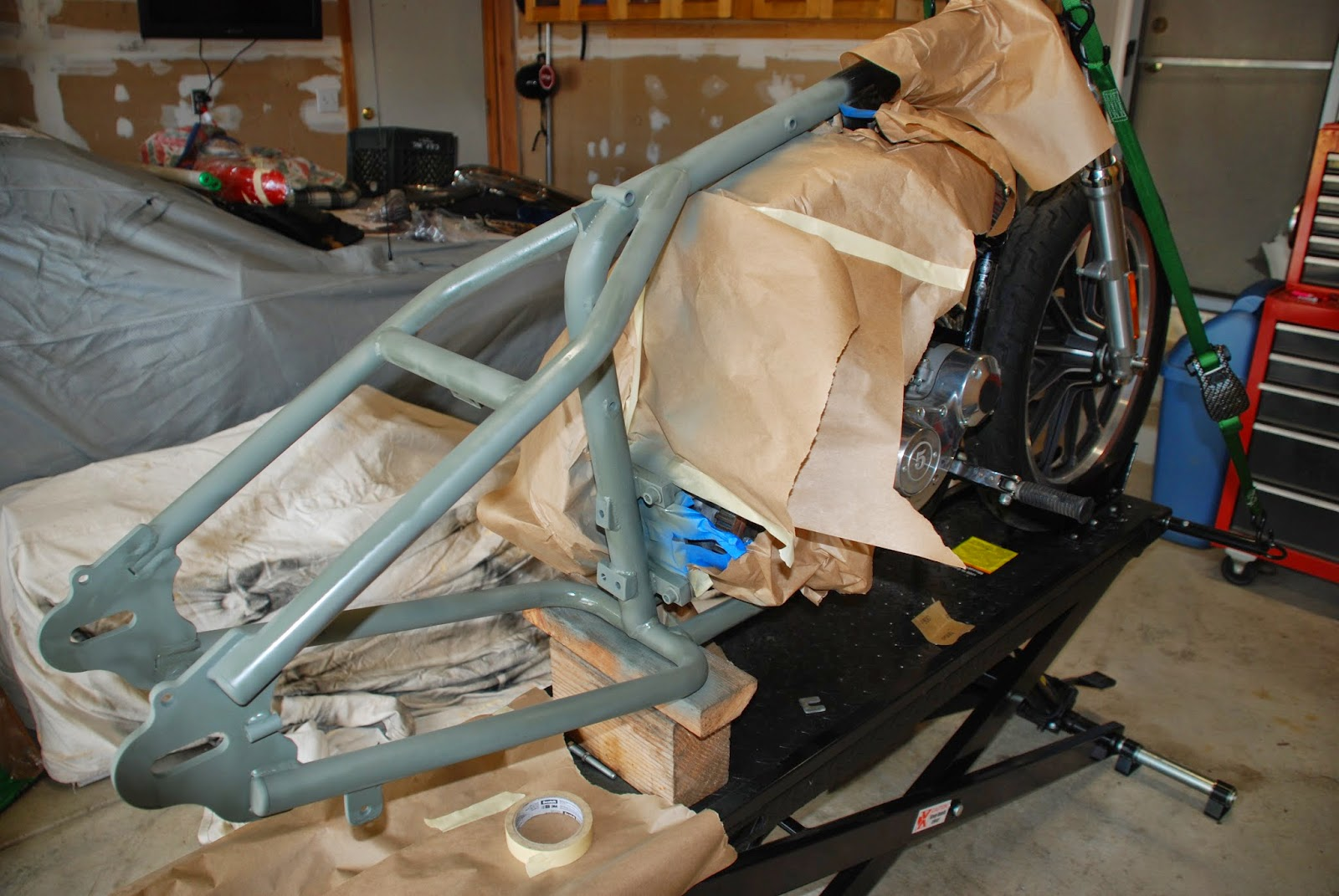 i decided not to pull the engine to paint the frame so i masked it off and primed i used a chassis paint for the frame fender struts seat mountings and - Motorcycle Frame Paint
