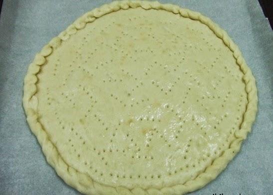 Cách làm bánh Pizza đơn giản tại nhà 4