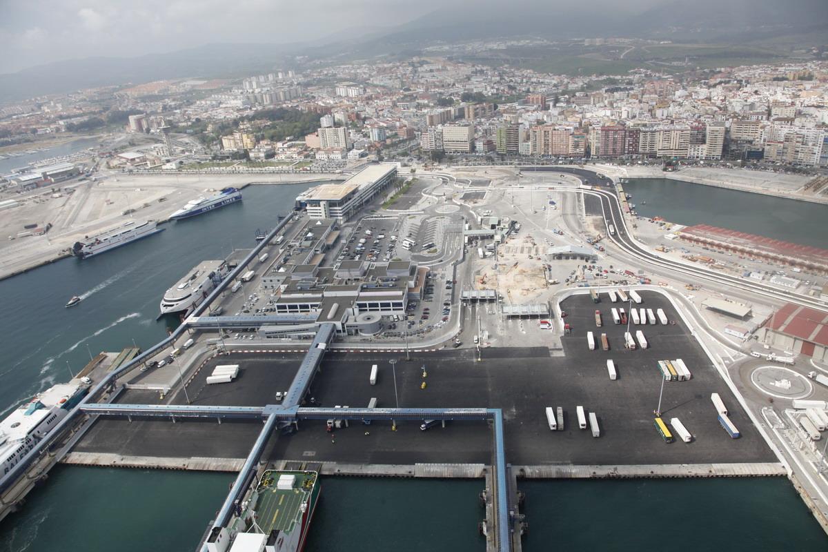 Puerto bah a de algeciras blog la zona de desembarque del puerto de algeciras afectada por obras - Puerto de algeciras hoy ...
