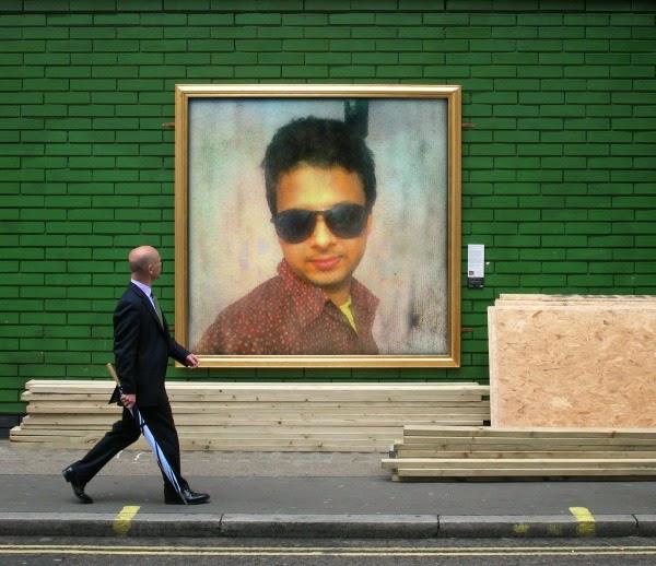 PhotoFunia street art Photo frame exhibition online free ...