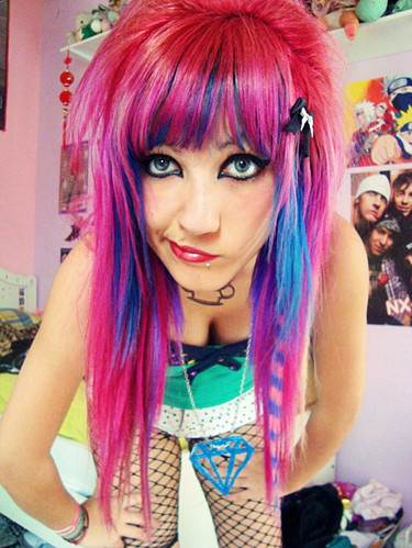 Fat Emo Girls http://theworldscenequeenandkinds.blogspot.com/2012/01/fashion-girl-hair-pink-hair-scene-girl.html