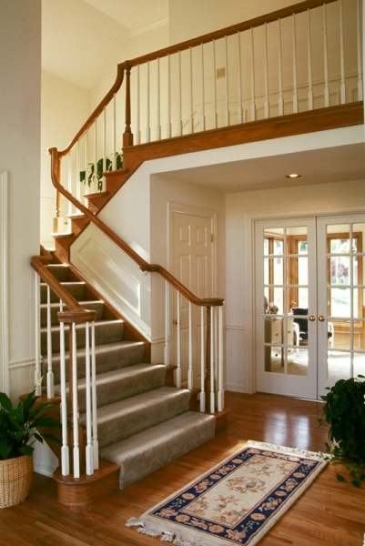 Home decoration design wooden staircase design elegant for Elegant interior design
