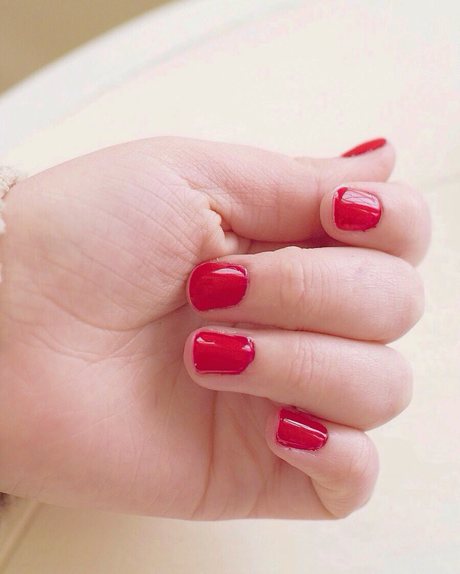The Beginners Guide to Gel Nails - Adventures of Bear and Wildflower