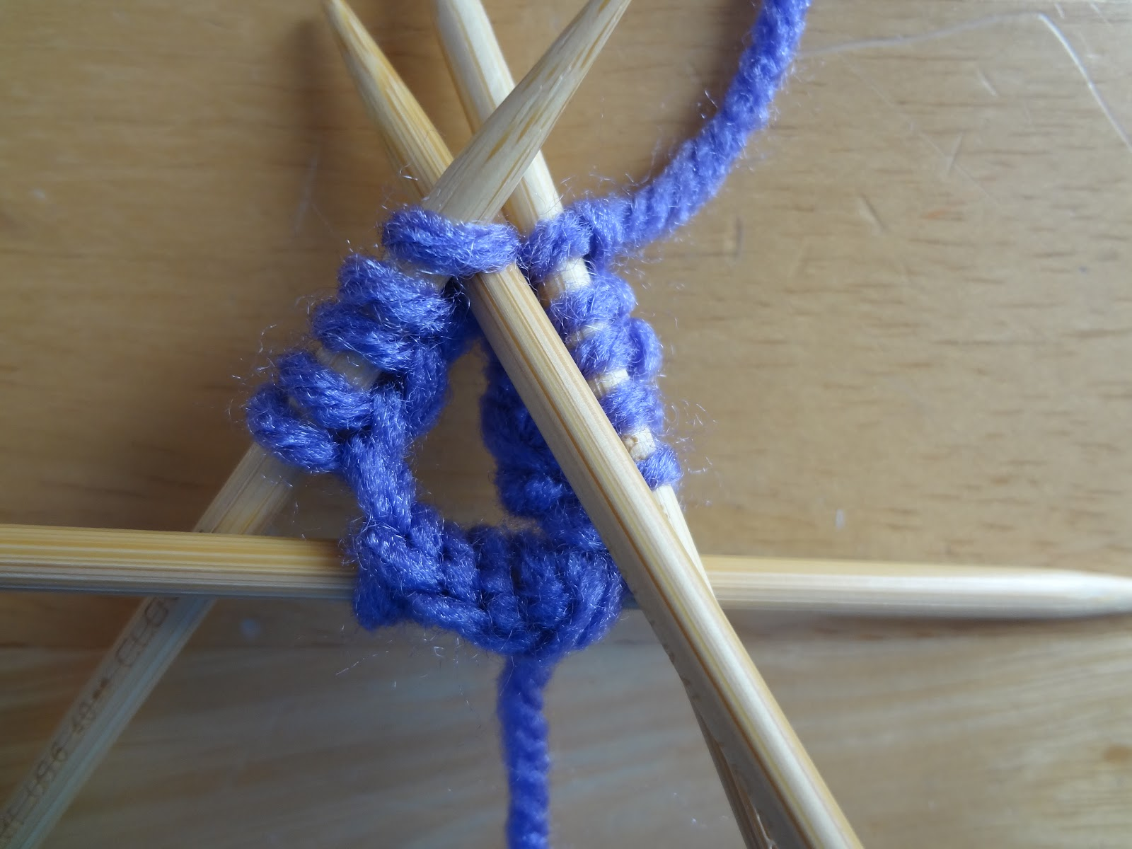 Knitting On The Round Double Pointed Needles : Fiber flux how to knit with double pointed needles dpns