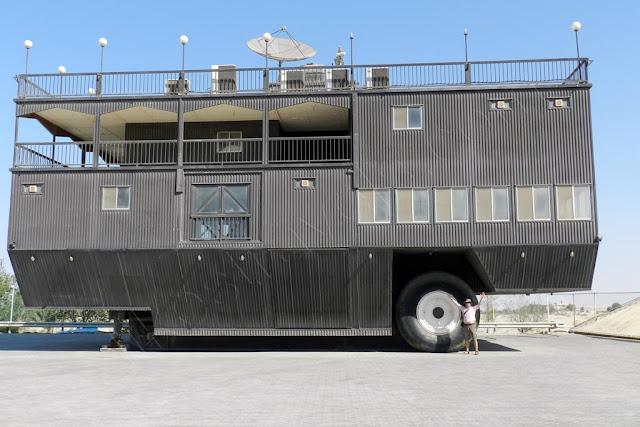 Guinness - world largest two wheel caravan