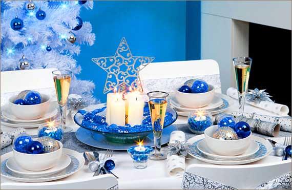 сервировка новогоднего стола в синем цвете