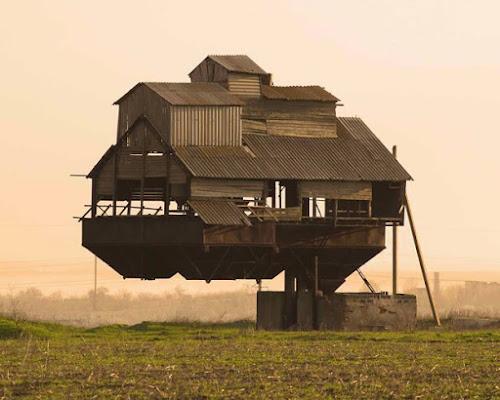 10 Casas Curiosamente diferentes | Escolha a mais Incrível