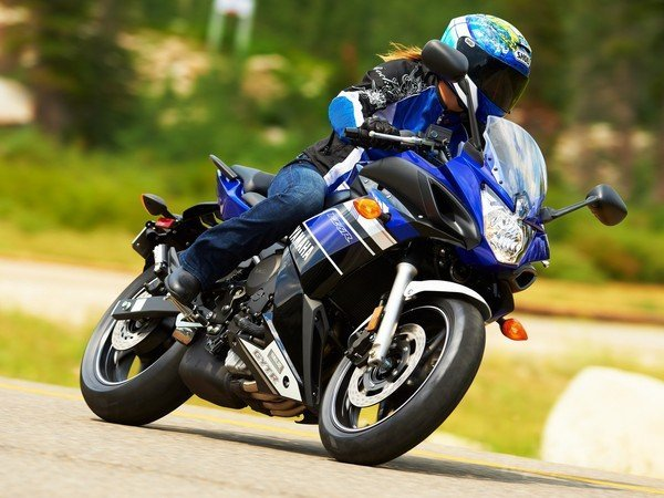 Yamaha FZ6R 2013 Specs Price and defects | know all cars