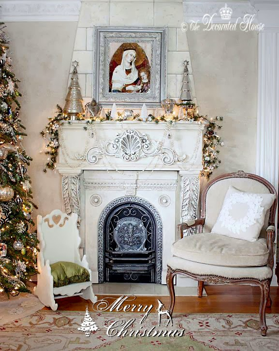 The Decorated House ~ Christmas Mantel Decorations 2013