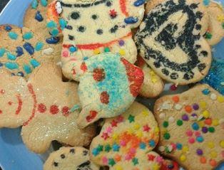 Imagem dos biscoitos de leite em pó decorados