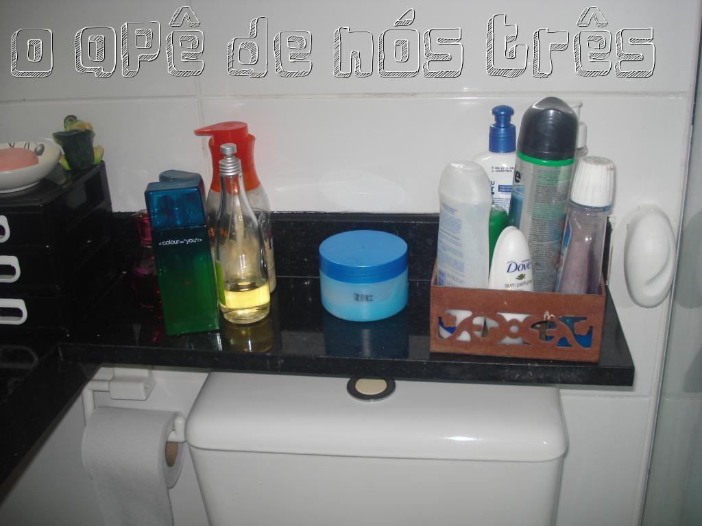 Nós Três!: Meu banheiro: Antes e Depois   organização e limpeza #347397 1024 768