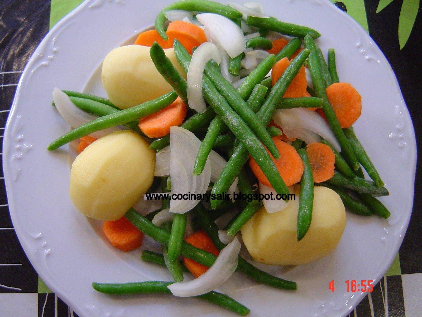 Cocinar y salir jud as verdes con patatas hervido for Cocinar judias verdes