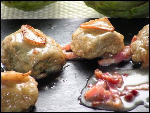 Alcachofas con Salsa y Bacón