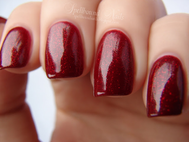 nails nailart nail art polish mani manicure Spellbound Venique Runway Sparkle shimmer glitter red deep dark Christmas holiday collection dupe Orly Star Spangled comparison color swatch