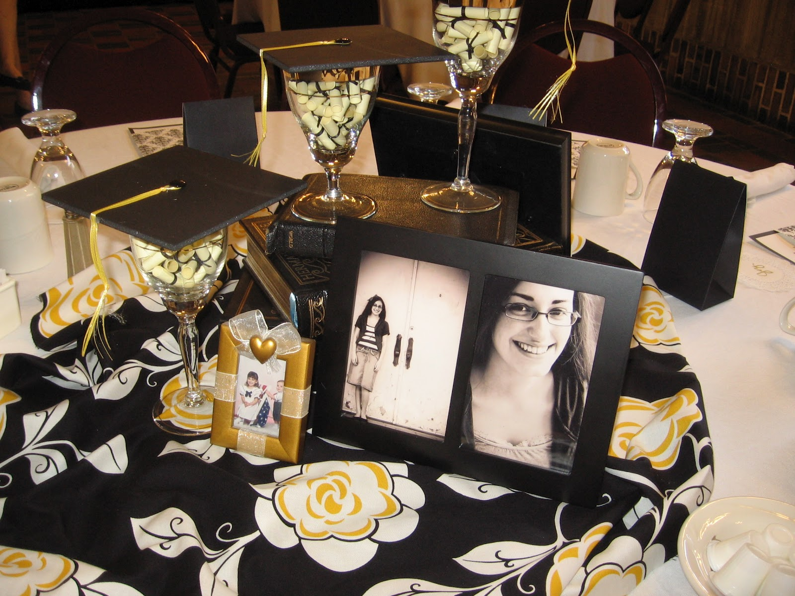 Elegant Graduation Centerpiece Ideas : Elegant party savvy home school graduation celebration