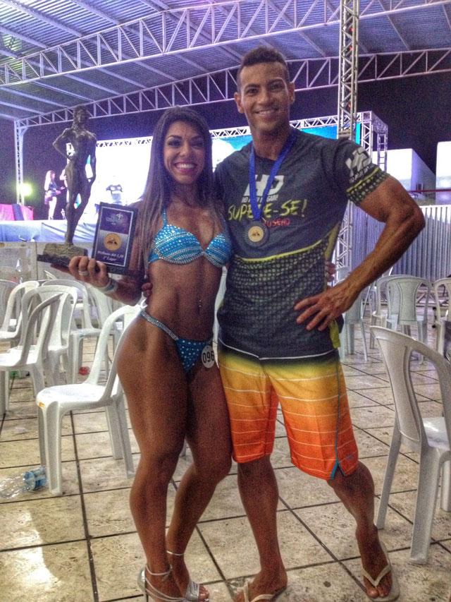 Carla Carra e Breno Neves nos bastidores do Mr. Campos 2015. Foto: Arquivo pessoal