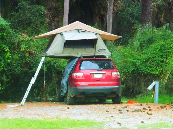 Amazon sells this Camco Vehicle Roof Top Tent with Annex