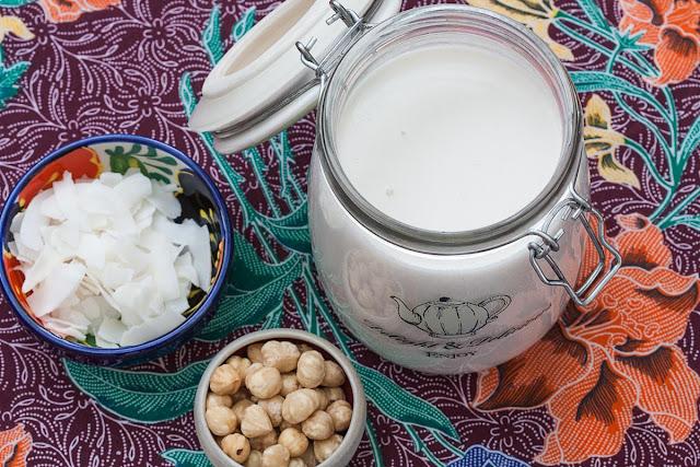 Domaće kokosovo i lješnikovo mlijeko
