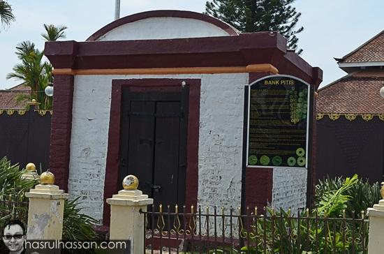 Bank Pitis Kelantan