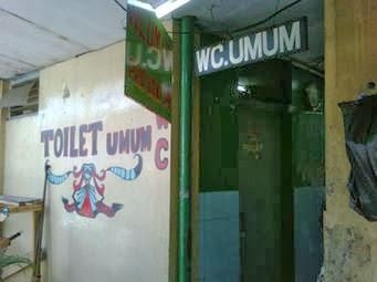 Ketahuan Berbuat Intim Di WC, Muda Mudi Ini Beralasan Cek Bisul