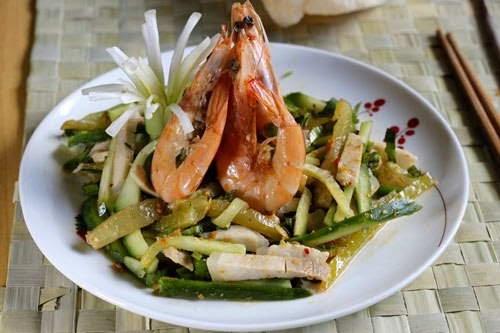 Mixture Shrimps Pork and Star Fruit - Nộm Tôm Thịt và Khế