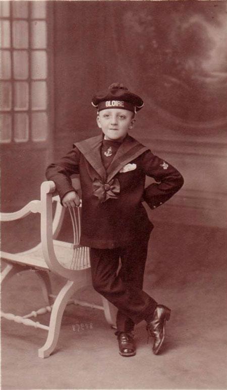 Un bachi a identifier svp Enfant_en_tenue_de_marin