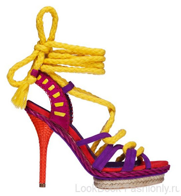 19 bright Босоніжки: прикраса для жіночих ніжок