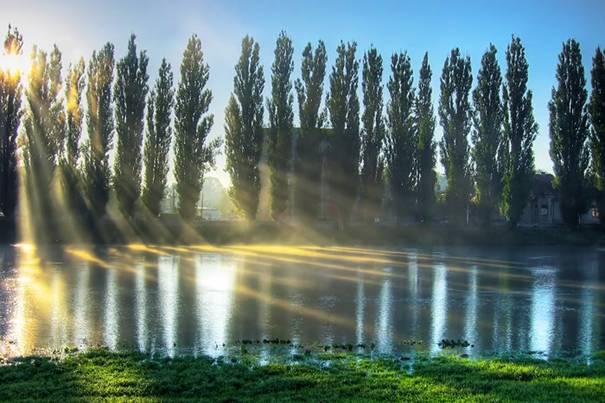 صور رائعه لجمال السماء وصفاء الماء image003-744817.jpg