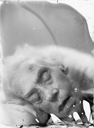 Jonathan Stead: Fragile Mind 1