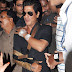 Shahrukh Khan spotted leaving Lilavati hospital
