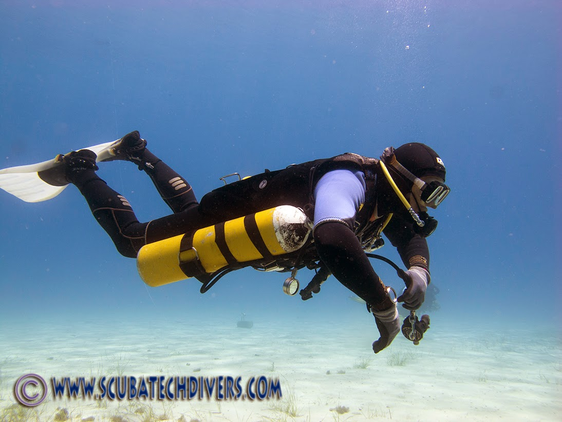 diving the halcyon contour system