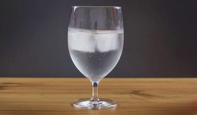 ไม่น่าเชื่อลดน้ำหนักด้วยการดื่มน้ำ ลดได้ถึง 44 % ใน 14 สัปดาห์
