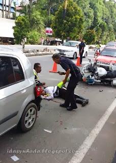 Anggota Trafik Terlibat Kemalangan Di Ayer Keroh Ketika Iringi Tahanan Ke Penjara