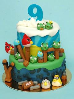 Gambar Kue Ultah Angry Bird Terbaru