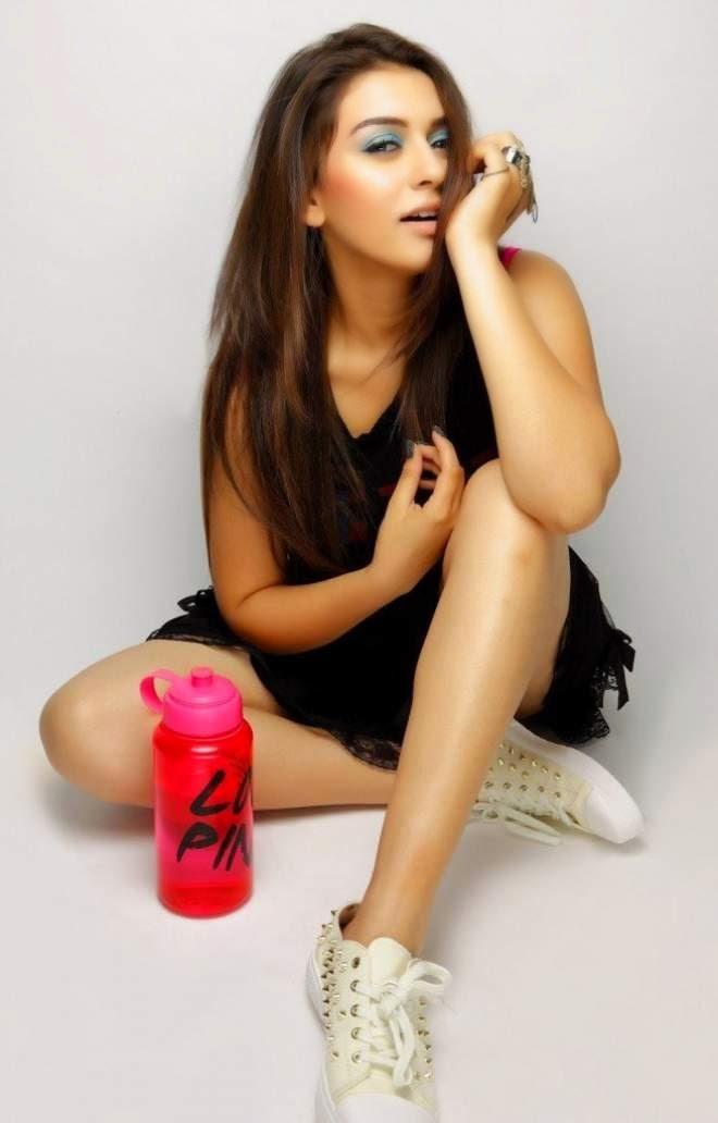 Hansika Motwani Sexy Poses In Black Dress Photos