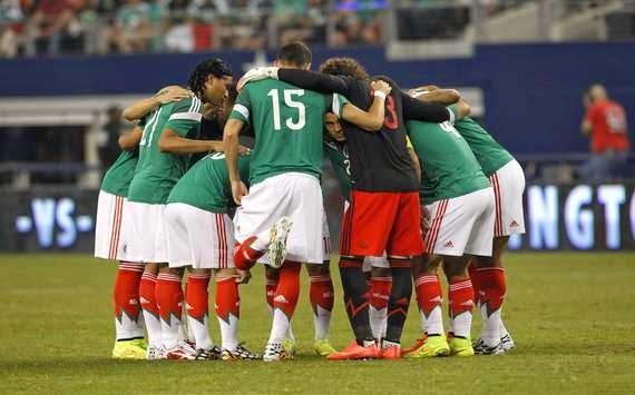 Alineación de México previo al partido contra Camerún