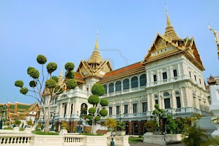 grand-palace-in-bangkok-thailand