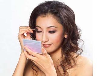 Cara Merias Wajah dengan Eyeshadow