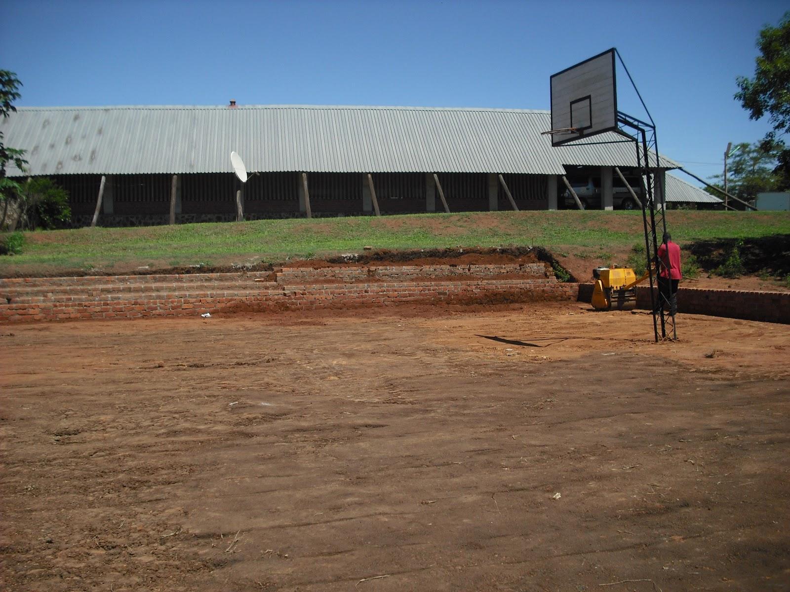 Centro Educacional Njerenje Basketball Court Being Built