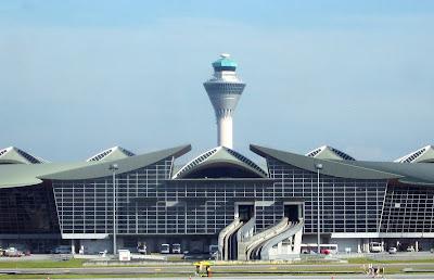 Lapangan Antarabangsa Kuala Lumpur (KLIA)