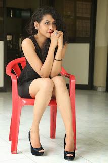 Nitya glamorous Pictures 003.jpg