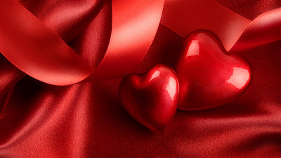 Red-Big-Small-Love-Wallpaper