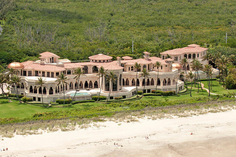 Robert eustace s 50 000 square foot waterfront mega mansion