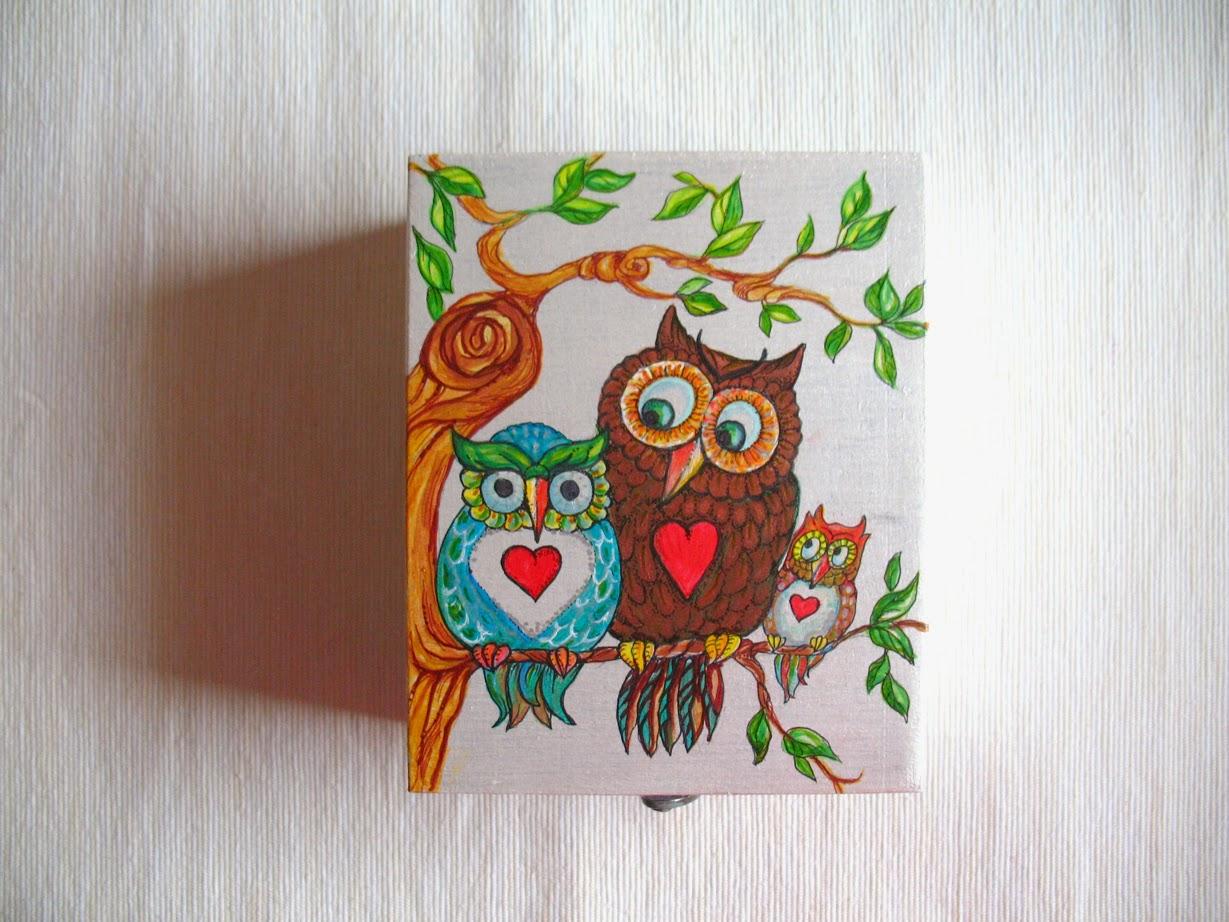 cutie decorativa pictata adrianart