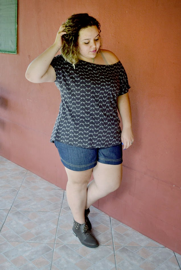 marrom e jeans