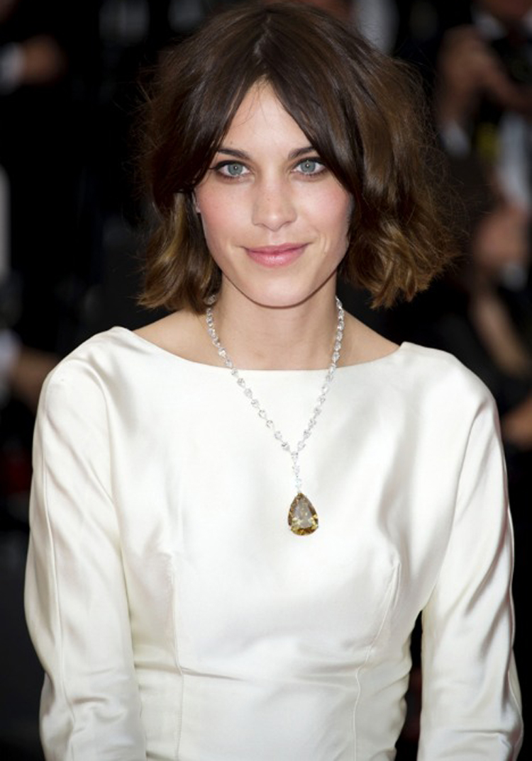 Alexa Chung Hair Color 3