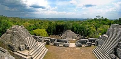 Ciudad Maya El Caracol en Belice