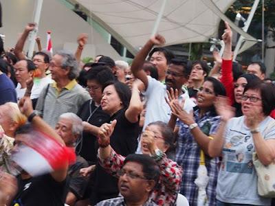 Rakyat Singapura Bantah Peraturan Pelesenan Laman Web