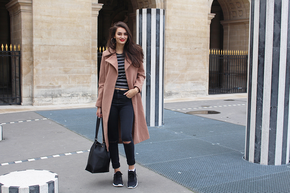 peexo fashion blogger in palais royal paris